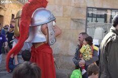 Gigantes y Cabezudos por Carnaval.