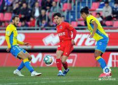 Foto 2 - El Numancia salva un punto en casa tras un sufrido encuentro ante Las Palmas (1-1)