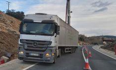 Foto 2 - Abiertos los dos carriles de la carretera SO-20 que habían sido cortados por el vuelco de un camión