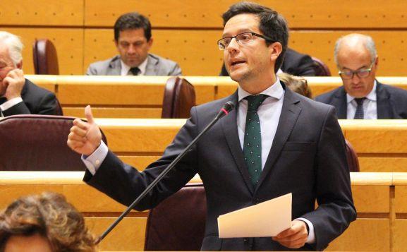 Cabezón, en su etapa como aforado en el Senado.