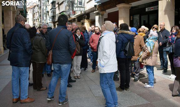 Un grupo de visitantes en El Collado, en la capital. /SN