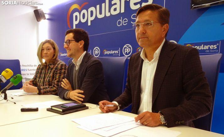 María José Heredia, Tomás Cabezón y Gerardo Martínez este lunes. /SN