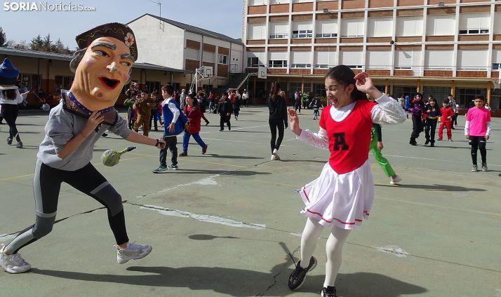 Una imagen del ambiente en el colegio este viernes. /SN