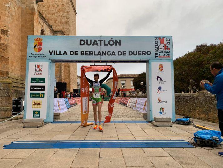 Foto 2 - Latestere vuelve a vencer en un Duatlón de Berlanga ganado por Marta Cabello en féminas