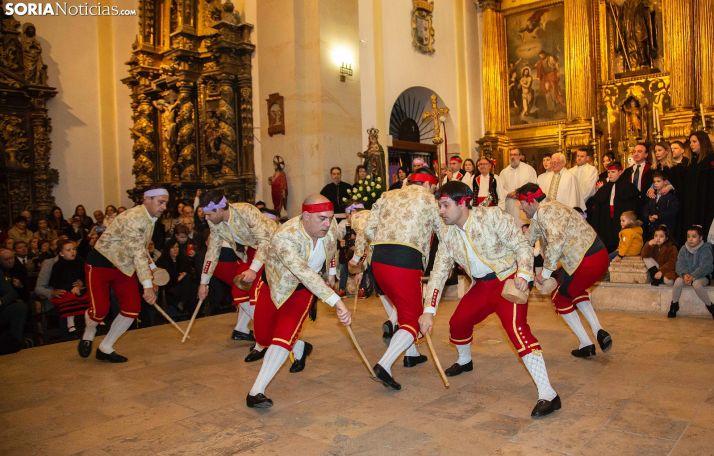 Una escena del Paloteo en San Leonardo este año. /MF