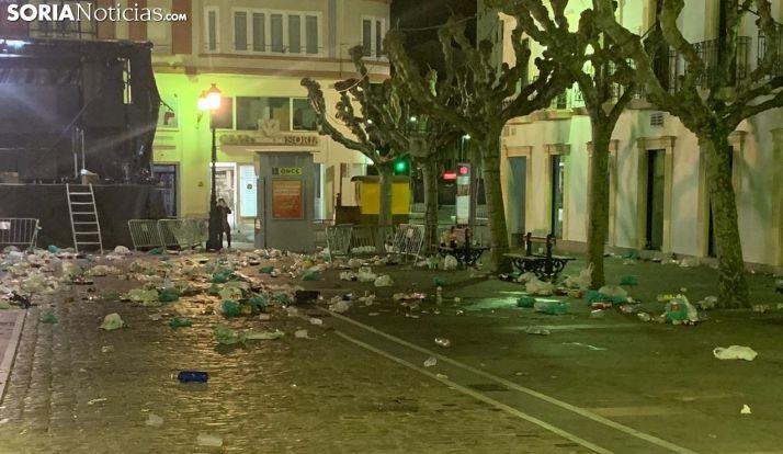 Imagen de la plaza del Tubo después de la fiesta.