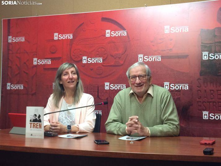 Yolanda Santos, concejala de turismo junto a Jesús Bárez, concejal de cultura
