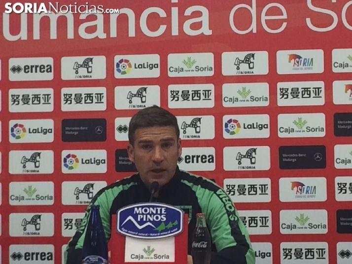 Luis Carrión: 'Nos falta verticalidad. Quiero un equipo que ataque'