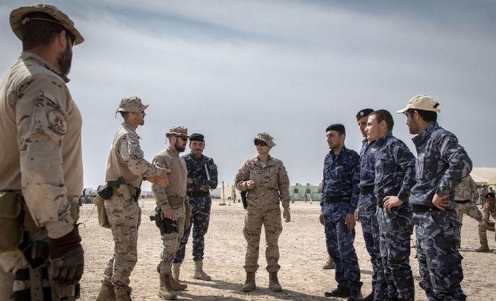 Militares en prácticas