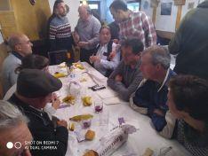 Foto 3 - Comida vecinal en el Barrio Moro agredeño para terminar sus fiestas