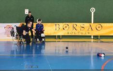 Una de las imágenes del campeonato en el polideportivo olvegueño.