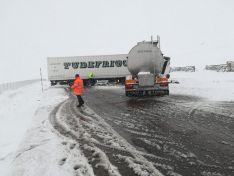 Foto 3 - Accidente entre dos camiones en Noviercas