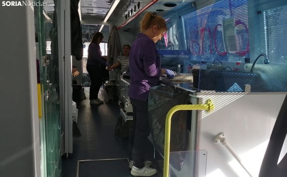 Interior de la unidad móvil esta mañana en Mariano Granados, en la capital. /SN
