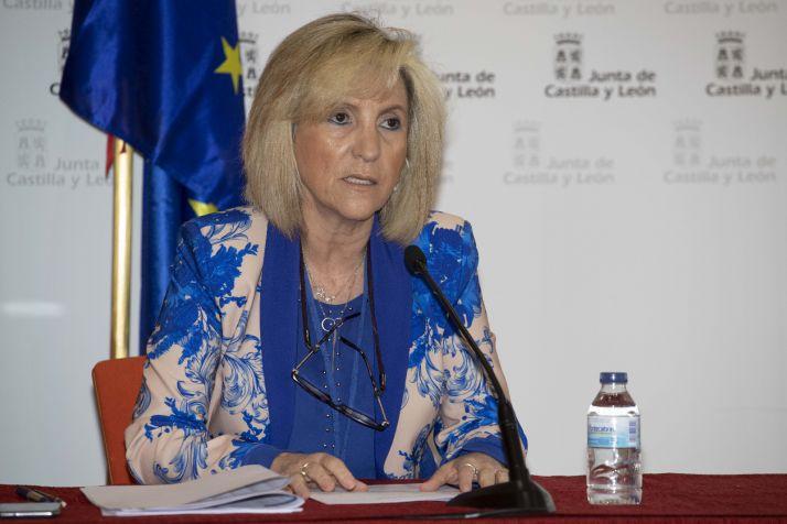 Verónica Casado, consejera de Sanidad, durante la rueda de prensa.