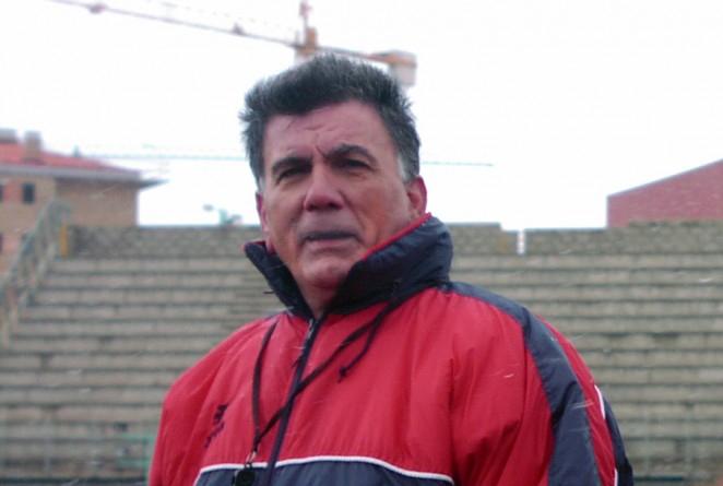 Máximo Hernánde en una foto del CD Numancia.