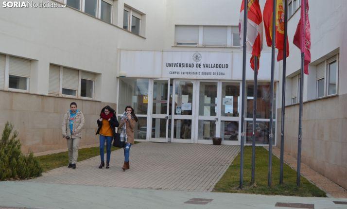 Una imagen de archivo de la entrada al Campus Duques de Soria. /SN