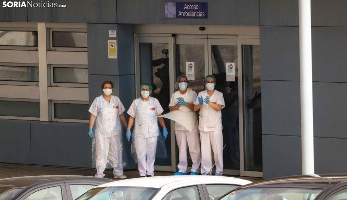 Sanitarias del Hospital agradecen los aplausos sorianos. /Viksar Fotografía
