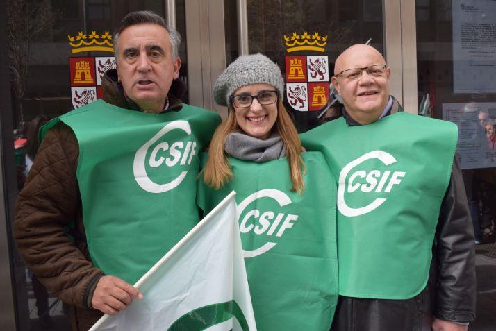 Mariano Prieto, Isabel Madruga y Juan Carlos Gutíerrez, responsables de los sectores de la Junta, Educación y Sanidad de CSIF en Castilla y León
