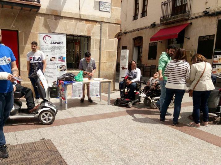 Imagen de una concentración de Aspace Soria en El Collado.