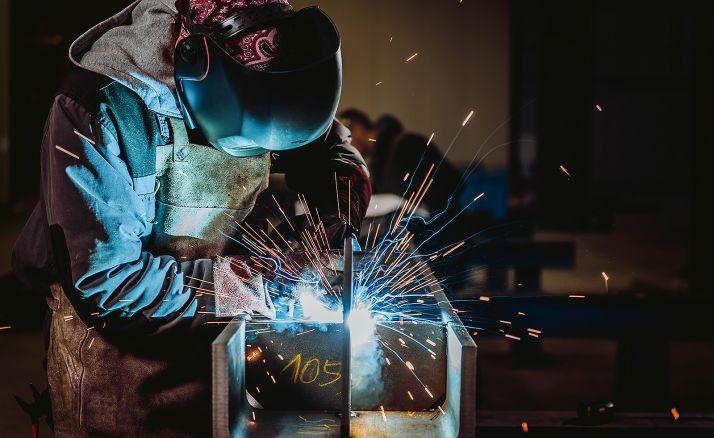 Foto 1 - Ofertan un empleo como jefe de taller