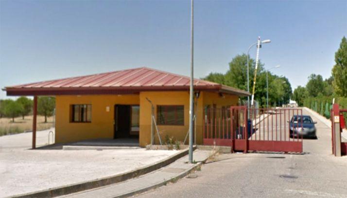 El acceso al centro penitenciario de Villanubla. /GM