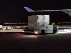 Foto 2 - CyL recibe 4 vuelos con 2.6 millones de artículos para EPIs