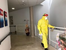 Foto 5 - Fotos: La UME desinfecta la residencia de Matamala de Almazán