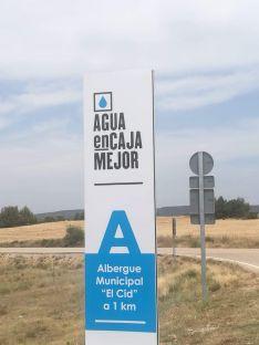 Foto 4 - Gormaz y Fontsoria reparten agua 'encajada' a hospitales de Soria y de España