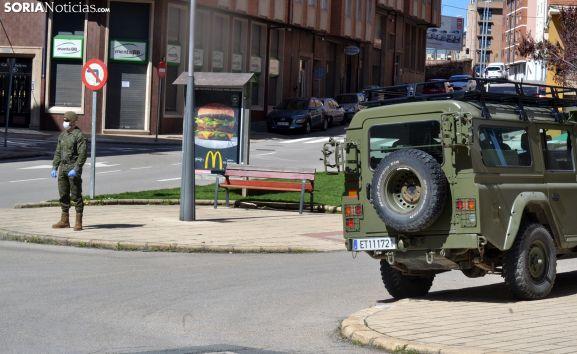Una imagen de la presencia militar en las calles de Soria ayer jueves. /SN