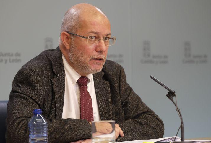 La Junta aprueba su adhesión al fondo de facilidad financiera por valor de 291M€