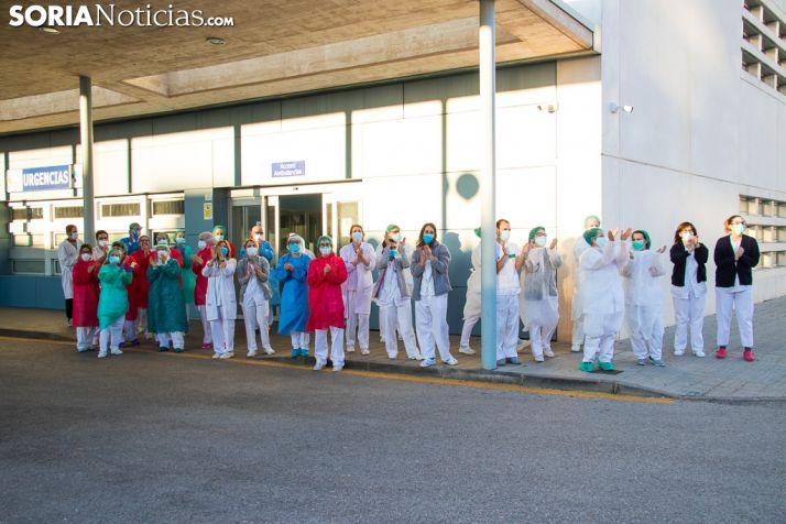 El personal sanitario del Hospital de Soria agradece el apoyo recibido. /Viksar Fotografía.