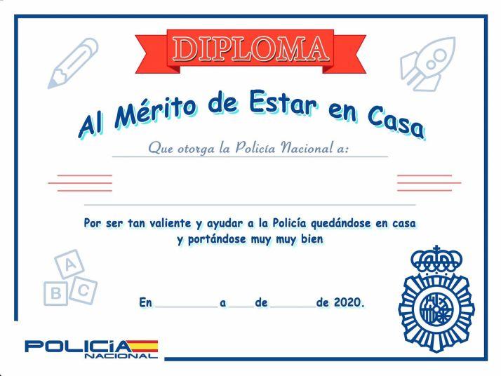 El diploma que reconoce el buen comportamiento. /CNP