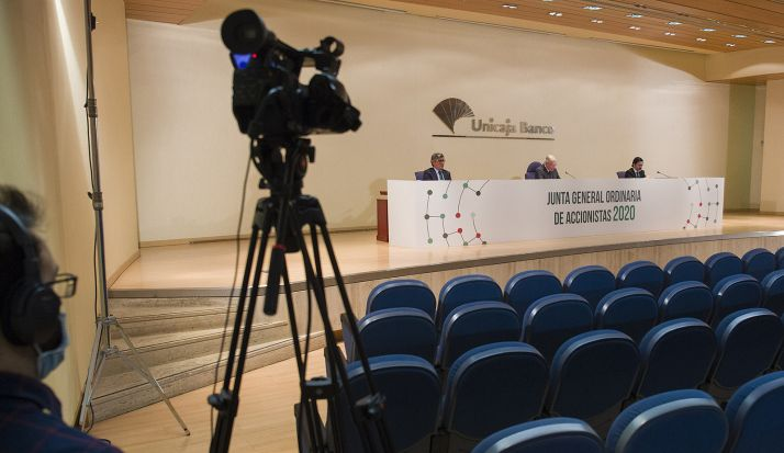 Imagen de la Junta General, celebrada vía streaming. /UB