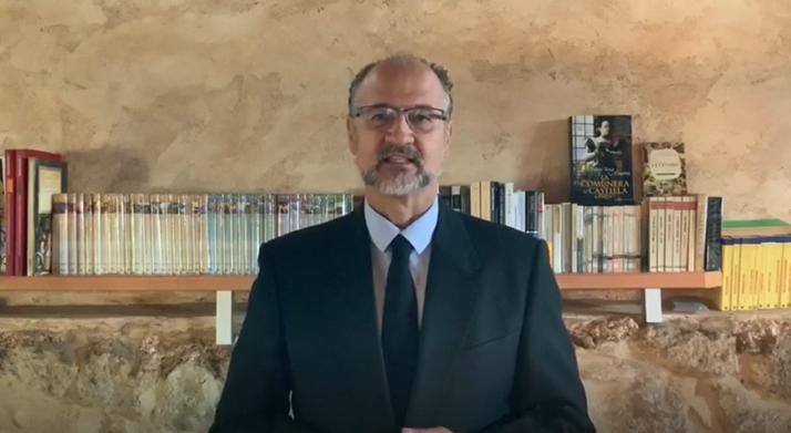Luis Fuentes durante el vídeo del 23 de abril.