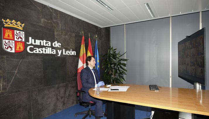 Alfonso Fernández Mañueco en una video conferencia de carácter oficial. /Jta.