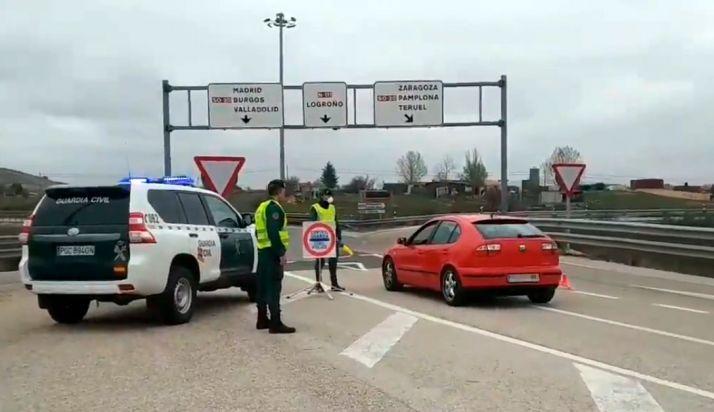 Control de la Guardia Civil la pasada semana a la entrada de Soria.