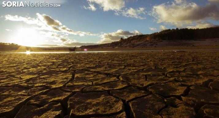 Pantano de la Cuerda del Pozo con claros síntomas de sequía.