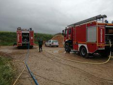 Un incendio quema una nave de cerdos en Morón de Almazán