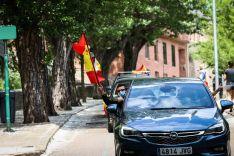 Foto 7 - En imágenes : Un centenar de vehículos secunda en Soria la protesta de Vox contra Sánchez