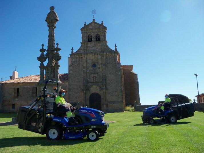 Nuevo tractor para los jardines de Soria.
