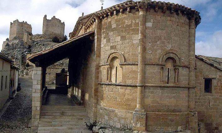 Iglesia de Nuestra Señora de la Asunción, en Castillejo, monumento BIC.
