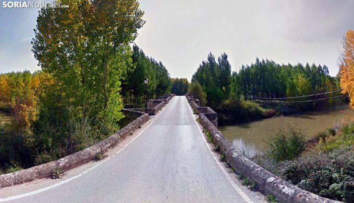 Una imagen del tramo de calzada por el puente. /SN