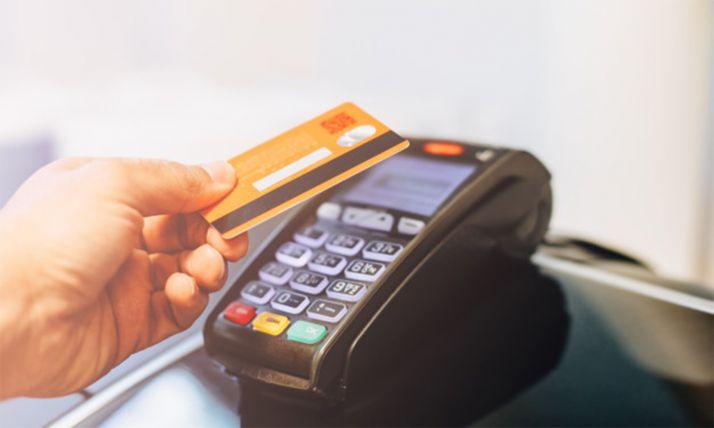 Cómo terminar con la deuda infinita de una tarjeta de crédito 'revolving'