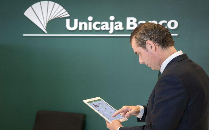 Foto 1 - Unicaja refuerza las líneas de financiación acogidas a avales para mitigar el impacto de la crisis