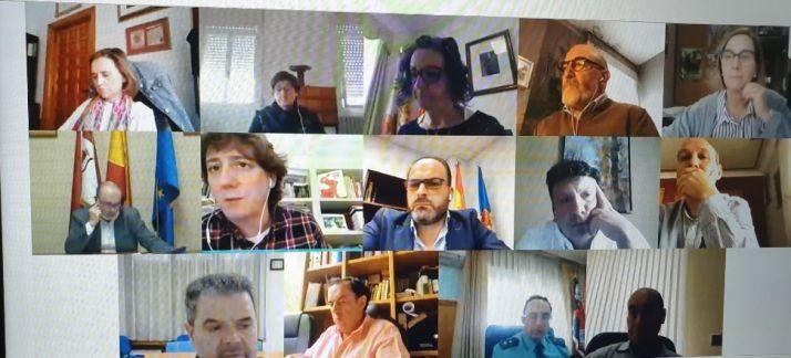 Imagen de la reunión por vía telemática.
