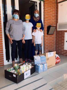 Foto 5 - Una empresa arcobrigense dona alimentos para beneficiar a 20 familias
