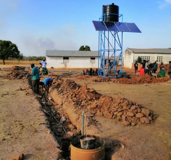 Imagen de la construcción del pozo.