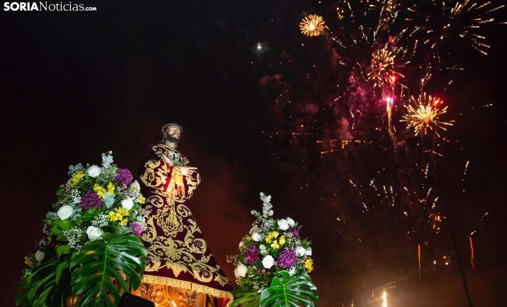 Una imagen del Cristo en la plaza Mayor durante las fiestas. /María Ferrer