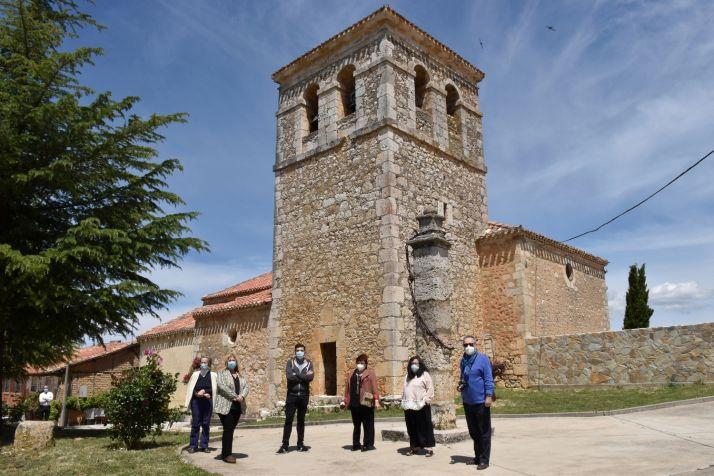 Foto 2 - Concluye la restauración de la cuberta de la iglesia de Fuentearmegil