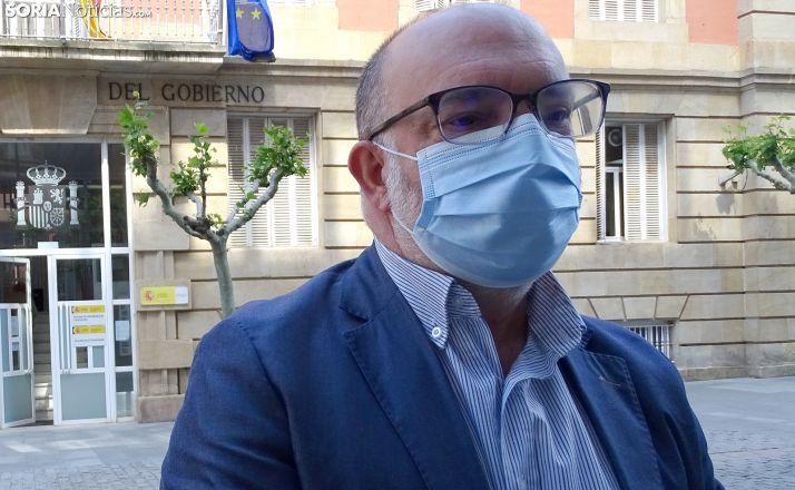 Miguel Latorre, subdelegado del Gobierno, en una comparecencia ante los medios en mayo. /SN
